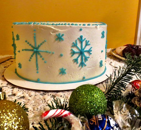 Turners Falls, MA: Chocolate chip snowflake cake