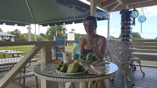 Pepeekeo, HI: The wife and our wraps on the lanai