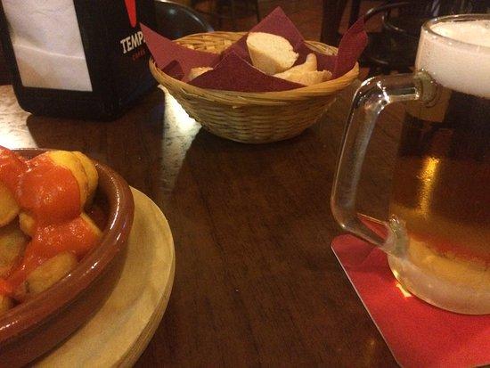 Restaurante de pincho en pincho en santa cruz de tenerife for Mesa cocina tenerife