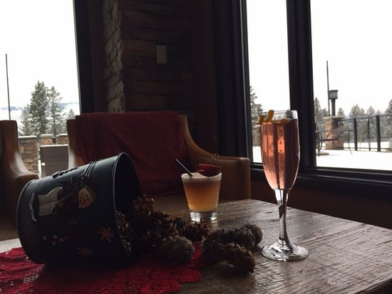 Invermere, Canada: New cocktails at Elements
