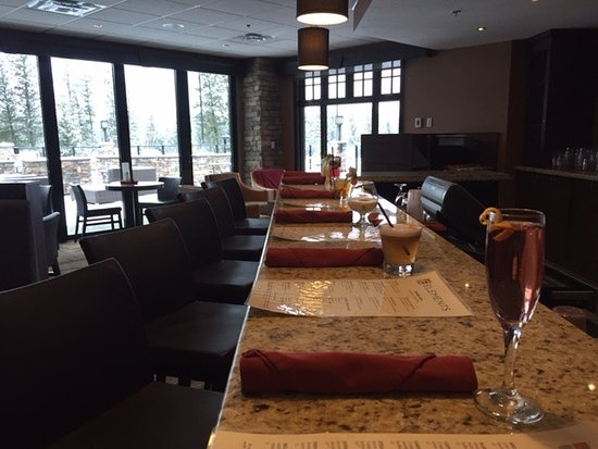 Invermere, Canada: Elements Lounge
