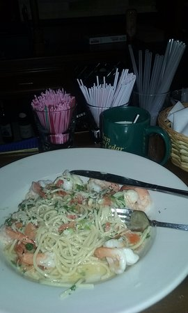 Inn at Cedar Crossing: Shrimp Scampi Pasta