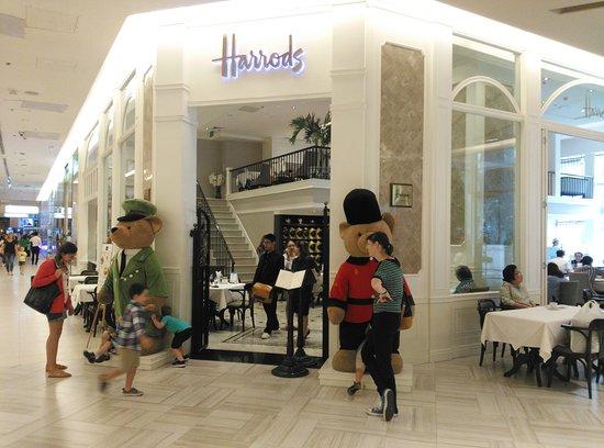 harrods store picture of siam paragon bangkok tripadvisor. Black Bedroom Furniture Sets. Home Design Ideas
