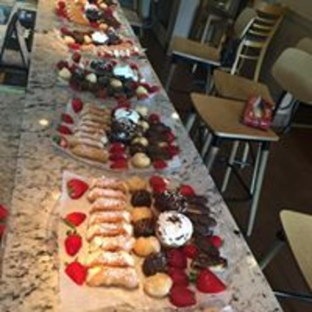 Absecon, NJ: Dessert Trays