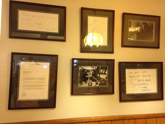 Augusta House Of Pancakes: Joe Mantegna Celebrity Booth