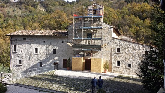 Acquasanta Terme, Itália: Chiesetta lesionata