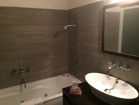 Bagno con vasca e doccia ispirazioni idee progetti