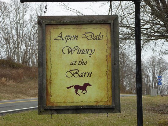 Aspen Dale Winery at the Barn: Sign