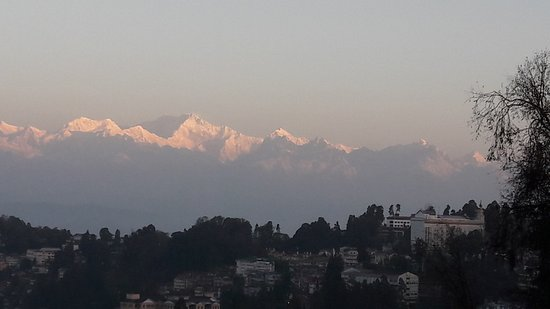 Sinclairs Darjeeling: The best possible view of Mt Kanchanjangha frombyour room