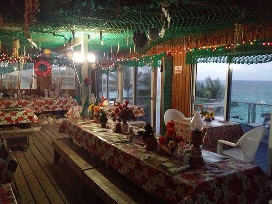 Northside Inn Restaurant & Bar : cool little restaurant.