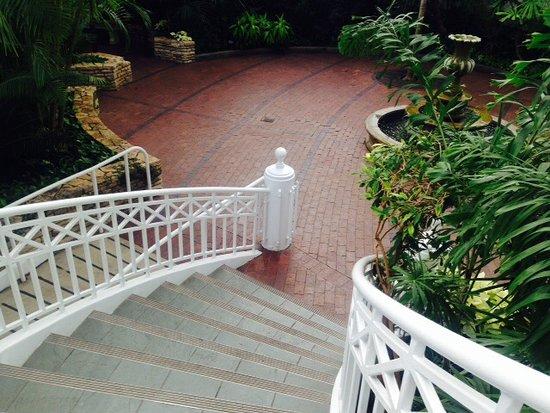 Franklin Park Conservatory and Botanical Gardens: Different levels