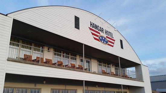 Hangar Hotel: 20161226_171244_large.jpg
