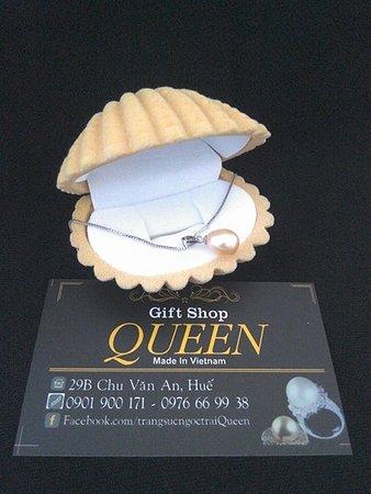 Queen Pearl Gift Shop
