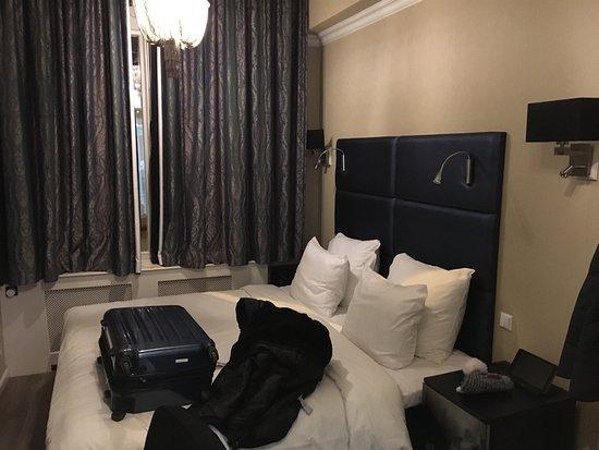Hotel Sint Nicolaas: Zimmer