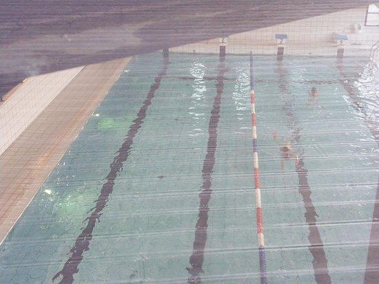 Eppe-Sauvage, France : Deuxième piscine sportive