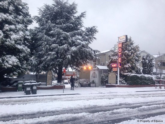 Katoomba Town Centre: Motel in Winter