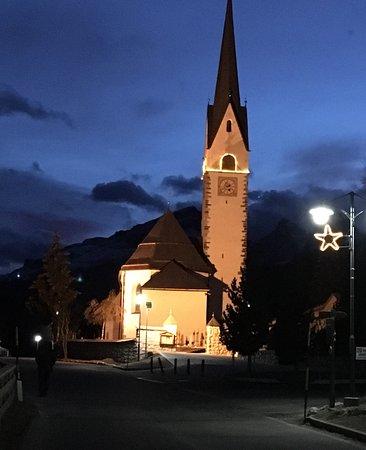 La Villa, Włochy: La. Chiesa