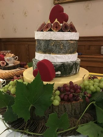 Brown's of Bexley: We offer bespoke cheese wedding cakes