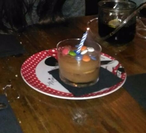 inclan brutal bar tarta de cumpleaos