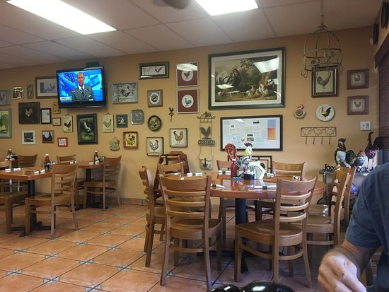 Jensen Beach, FL: Cute place! And the crumb cake is divine.