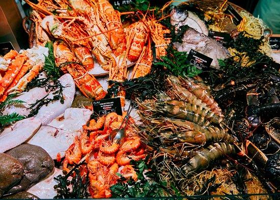 Marché de Ferney-Voltaire: seafood heaven