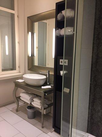 Chambre & salle de bain