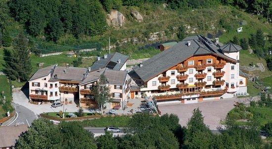 Alps Oriental Hotel