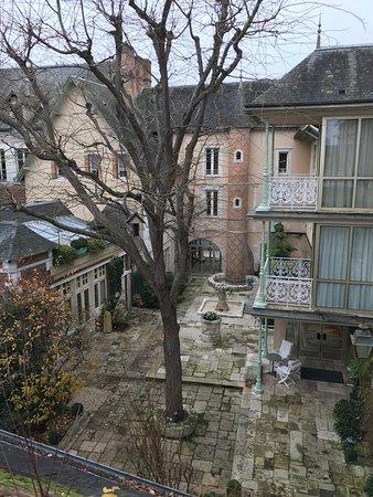 Romorantin, Fransa: Cour intérieure de l'hôtel