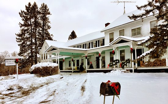 Ready for the Holidays at Highland Lodge!