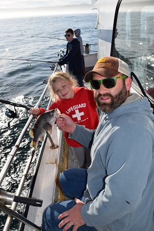 Captain s reel deep sea fishing newport or top tips for Charter fishing newport oregon