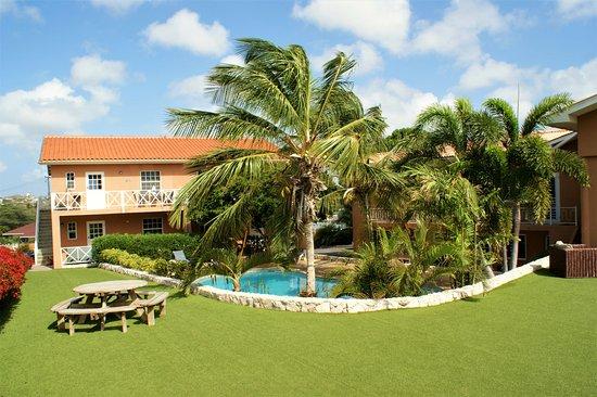 Curinjo Holiday Resort