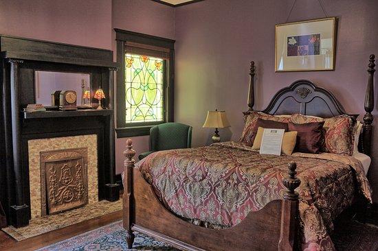 Canal Street Inn: Royal Street Room