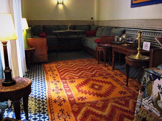 Riad dar cordoba hotel f s maroc voir les tarifs 11 for Salon zen rabat tarifs