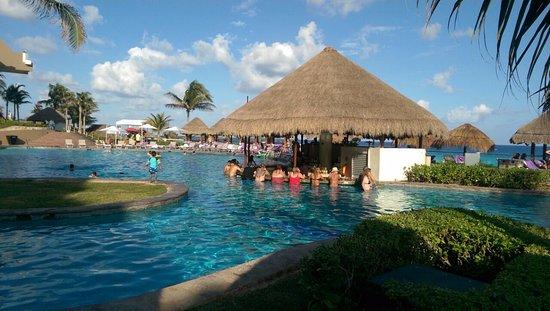 ME Cancun-bild
