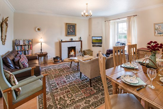 Coldstream, UK: cotoneaster lounge/diner