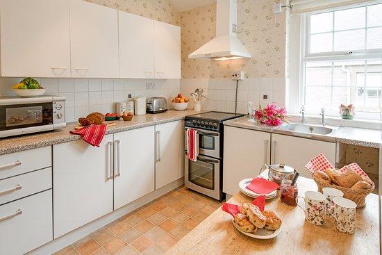 Coldstream, UK: honeysuckle kitchen