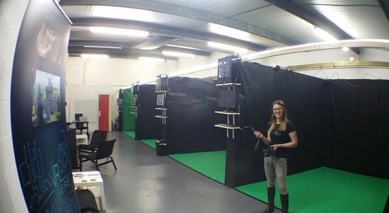 Our virtual reality rooms picture of vr here liverpool - Virtual room designer upload photo ...