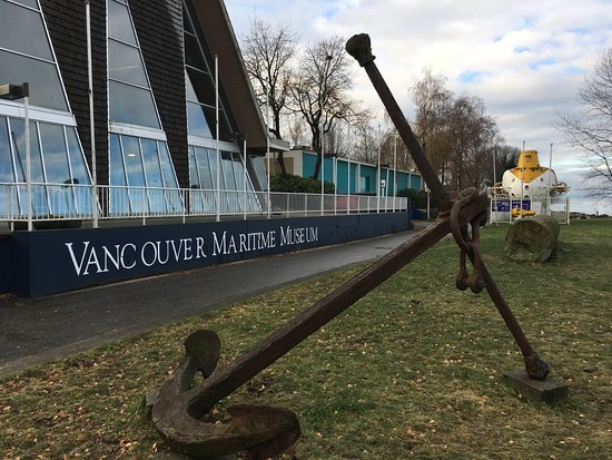 Vancouver Maritime Museum: Entrance to museum