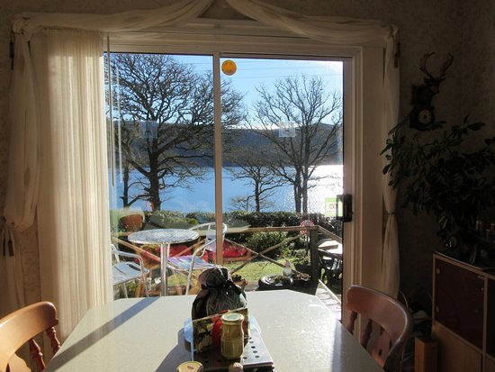 Glenmoriston, UK: View of Loch Ness from the dining room
