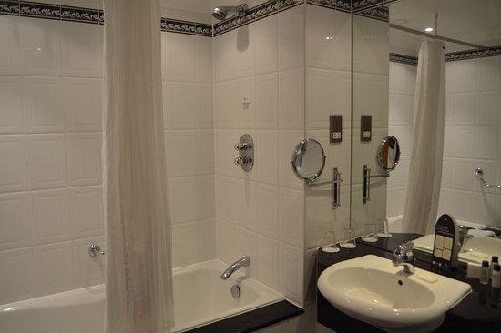 Cheap Hotels In Leamington Spa Town Centre