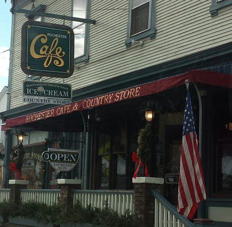 Rochester, VT: Dont drive by, great food!