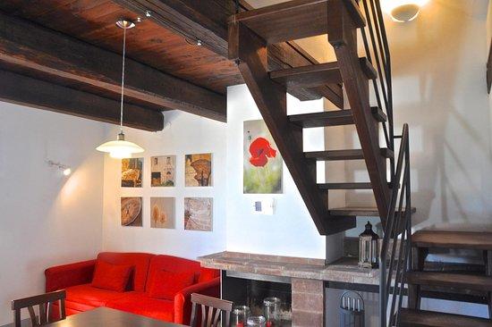Borgo Solario : soggiorno di un appartamento 2+3