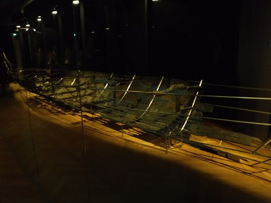 Nationalmuseet: original historical boat shell