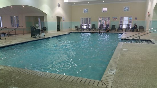 Pool has lap swim jets, very large. - Picture of ...