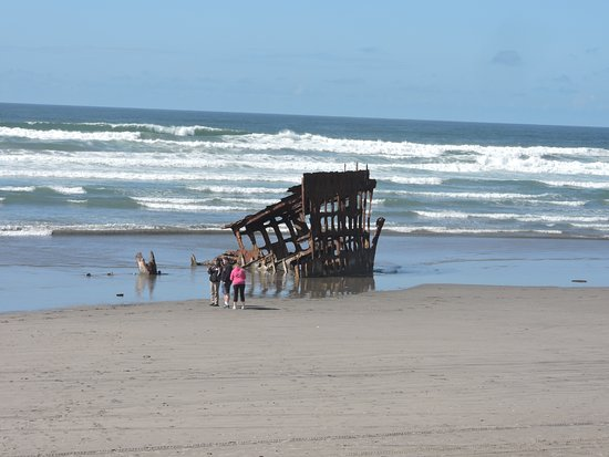 Warrenton, OR: Peter Iredale shipwreck from 1906