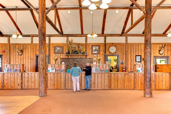 YMCA of the Rockies: Welcome! Check-in area.