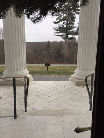 Staatsburg, NY: view from front door