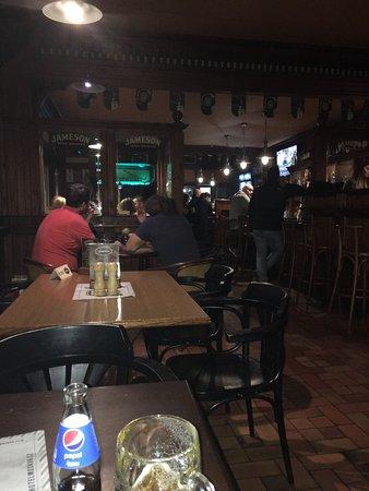 Ζλιν, Τσεχική Δημοκρατία: Pub SteakHouse Legenda
