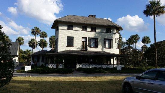 DeLand, FL: John B. Stetson Mansion front view