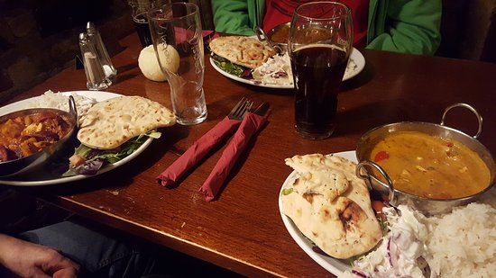 Matlock, UK: Cosy warm friendly pub selling tasty well cooked food at a reasonable price. Good portions.